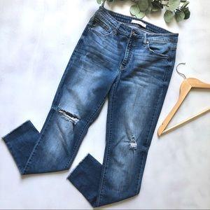 Kancan distressed jeans with raw hem